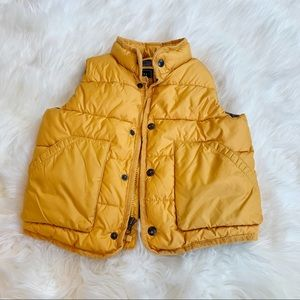 Baby gap yellow puffer vest size 4t